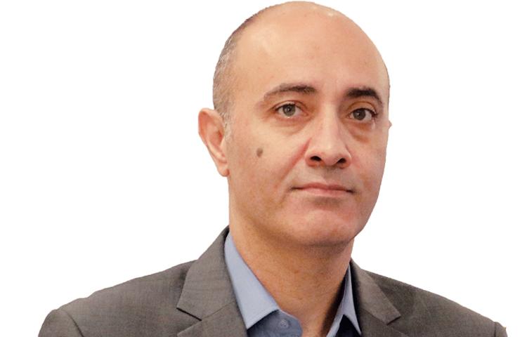 فادي القاضي: خبير حقوق الإنسان والإعلام والمجتمع المدني في الشرق الأوسط.