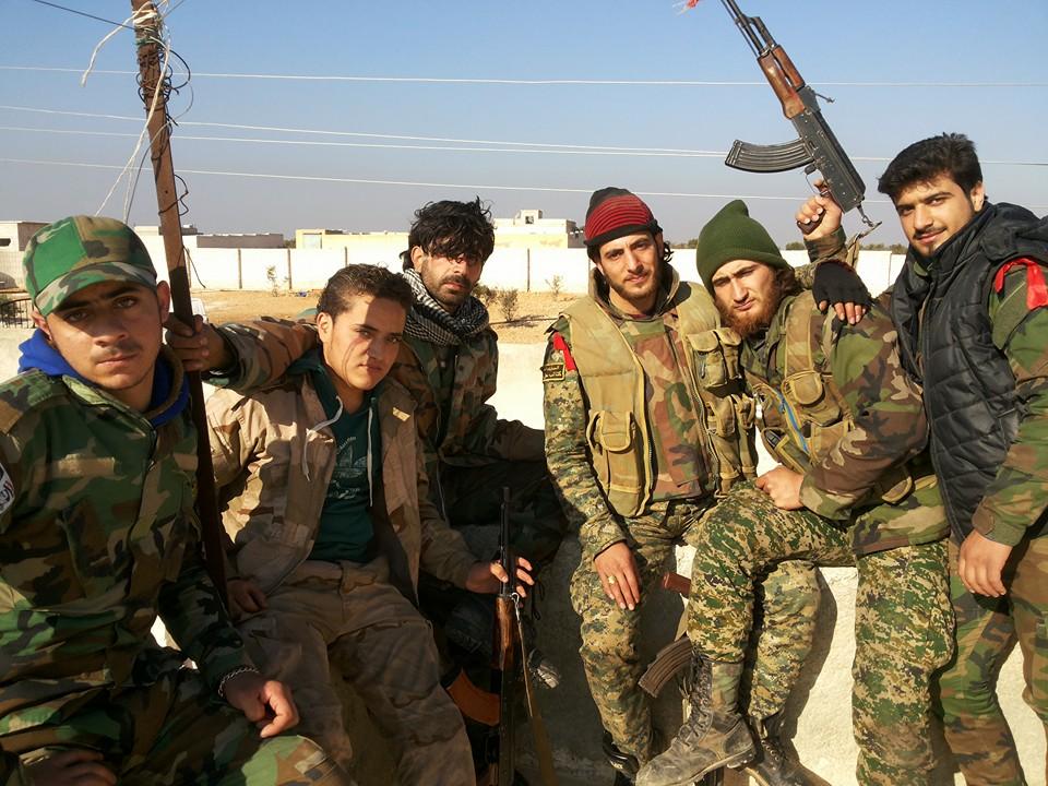 """جهاد مع زملائه في """"لواء البعث"""" في منطقة خان طومان جنوب حلب، الاثنين 21 كانون الأول"""