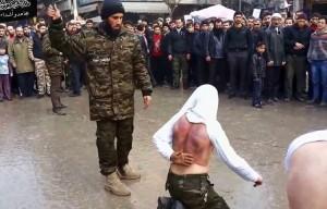 مجموعة تطلق على نفسها مجاهدو أشداء تجلد متخلفين عن الصلاة في ريف حماة