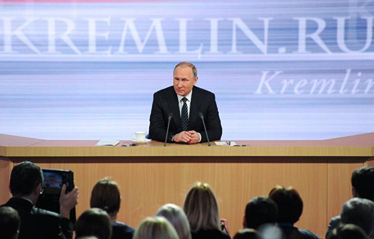 الرئيس الروسي فلاديمير بوتين خلال المؤتمر الصحفي في موسكو، 17 كانون الأول 2016 (سبوتنيك)