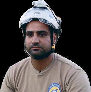 شحود حسين، عضو فريق الدفاع المدني في حلب (عنب بلدي).