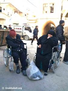 نازحون من حلب في مدينة دارة عزة (عنب بلدي)