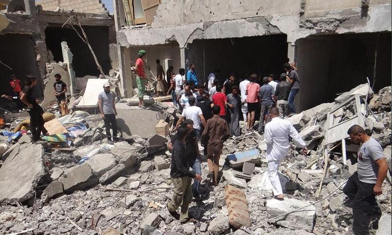 أرشيفية لقصف في مدينة الرقة