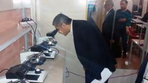 وزير التربية والتعليم في جولة على كلية الطب بمدينة كفرتخاريم، إدلب، عنب بلدي.