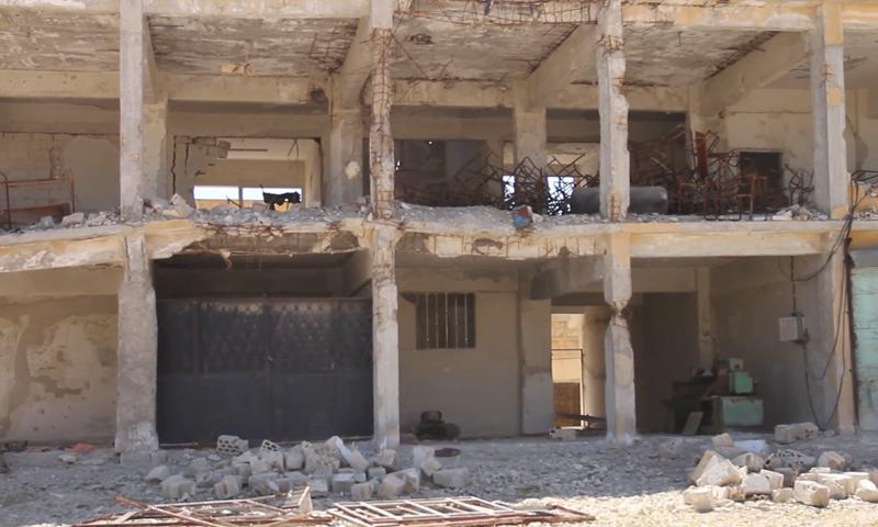 مدرسة مدمرة في مدينة درعا (عنب بلدي)