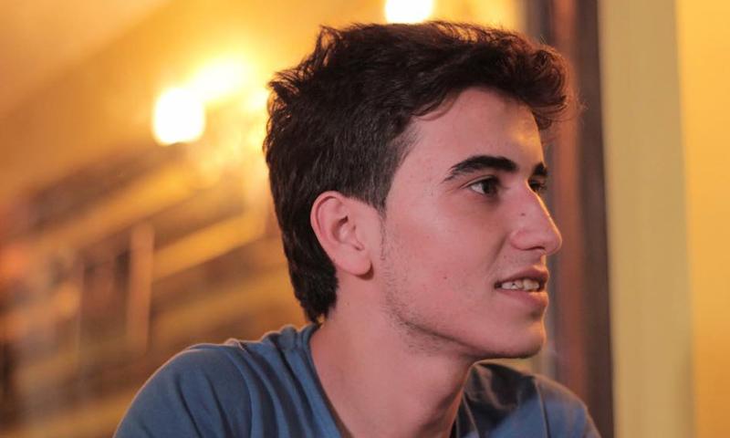 الناشط عمار العبدو، اعتقلته جبهة النصرة في 6 كانون الثاني، وأفرجت عنه في 9 نيسان 2016.