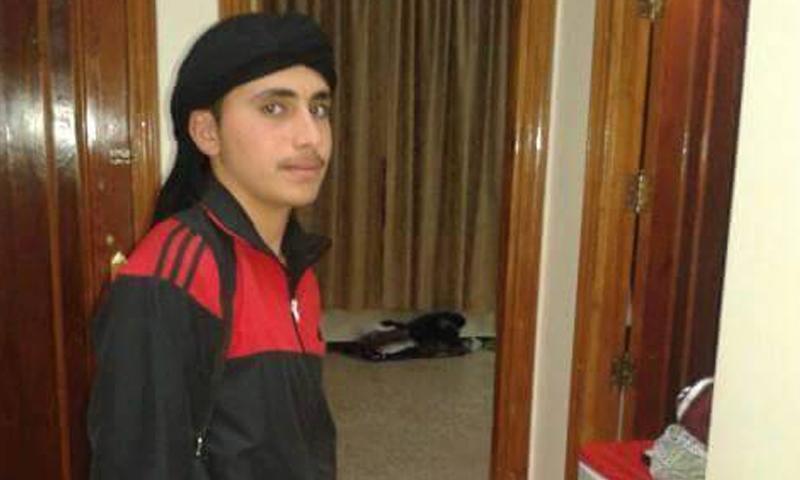 """سليمان الحلواني، 17 عامًا، في سجون أحرار الشام، بتهمة مبايعة تنظيم """"الدولة""""."""