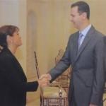 القنصل الفخري نيلي منعو تصافح الأسد (راديو كندا)