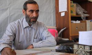 عبدالله غزال، مدير مدرسة أم الشهداء في تفتناز، عنب بلدي.