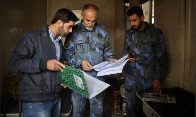 """أعضاء في """"شرطة حلب الحرة"""" - 28 تشرين الثاني 2014 (الأناضول)"""