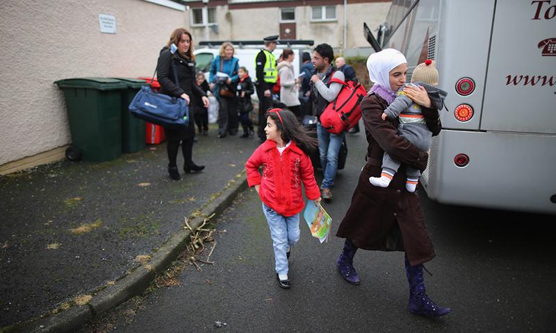 لاجئون سوريون في بريطانيا (إنترنت).