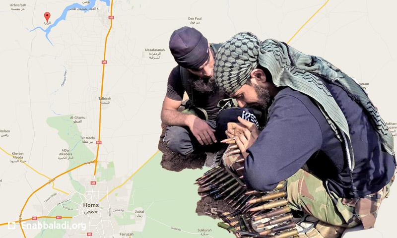 مقاتلون تابعون للمعارضة خلال معارك الزارة بريف حماة (عنب بلدي)