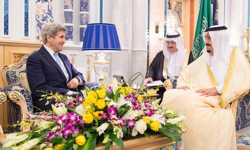 الملك السعودي سلمان ووزير الخارجية الأمريكي جون كيري