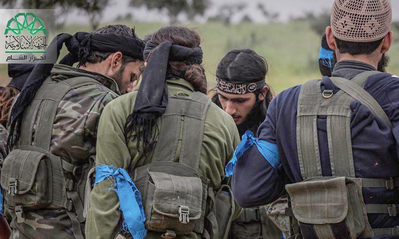"""صورة أرشيفية لمقاتلي """"حركة أحرار الشام الإسلامية""""."""