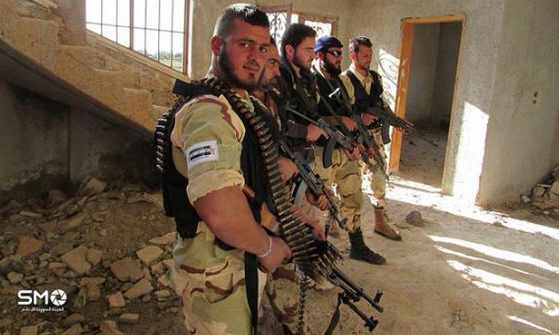 أرشيفية- مقاتلون من الجيش الحر في درعا (SMO)