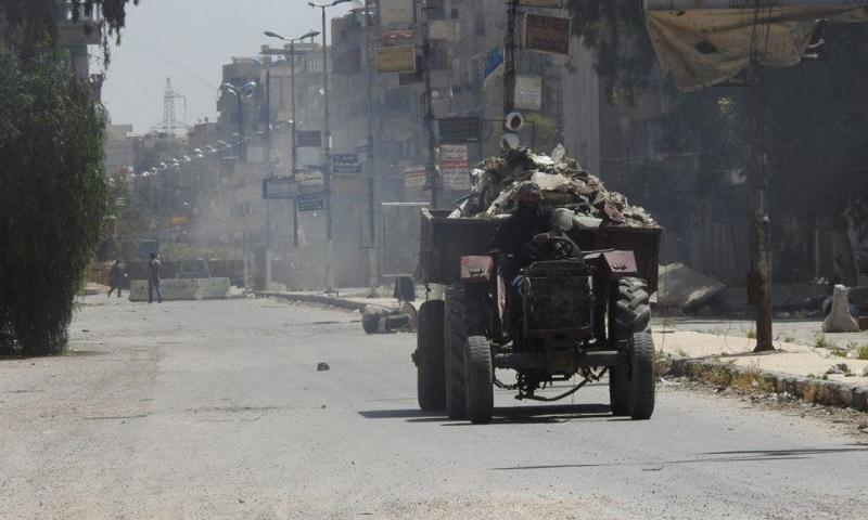 مخيم اليرموك، الجمعة 13 أيار (تنظيم الدولة).