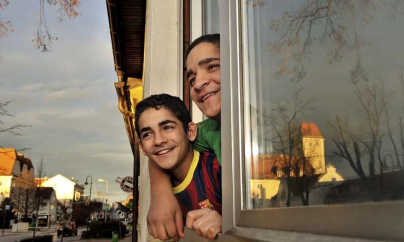 أطفال سوريين أعيد توطينهم في النمسا 2015 (UNHCR)