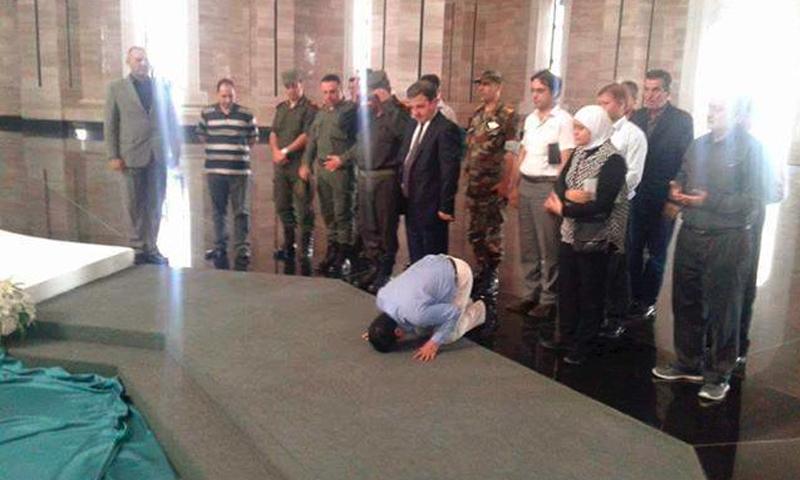 السفير الهندي في دمشق مان موهان بهانوت (صفحة حيدة سليمان في فيس بوك)