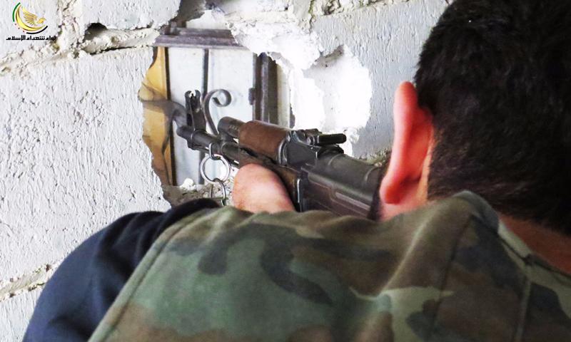 مقاتل على جبهة داريا- 18 حزيران 2016 (لواء شهداء الإسلام)