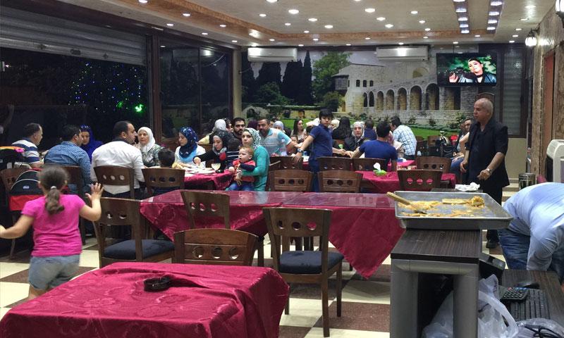 احد المطاعم في دمشق (دليل الجالية السورية)