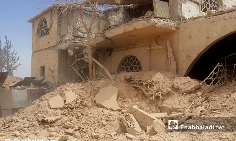 مشفى خان الشيح الميداني بعد استهدافه بالبراميل المتفجرة 19 أيار 2016 (عنب بلدي)