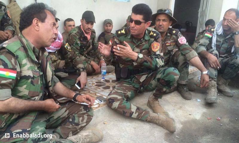 """ضباط من """"بيشمركة روج آفا"""" في كردستان العراق - أيار 2016 (عنب بلدي)"""