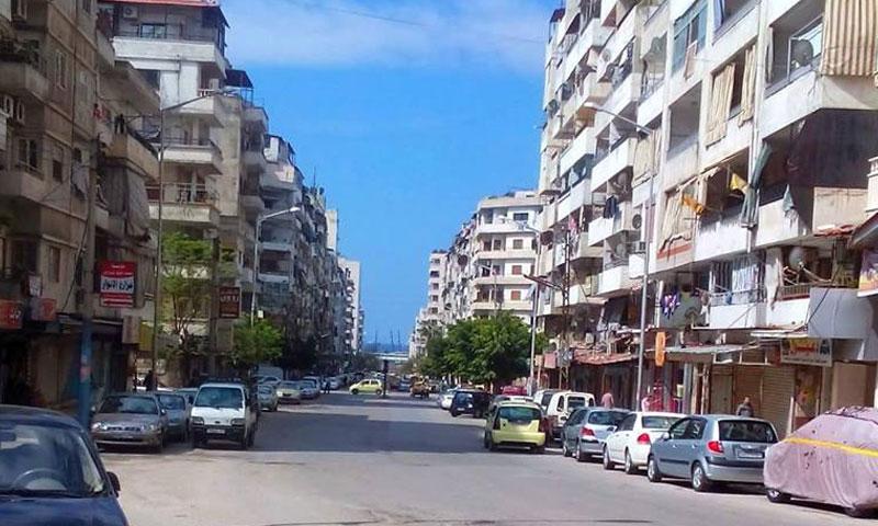أرشيفية- أحد أحياء مدينة اللاذقية (فيس بوك)