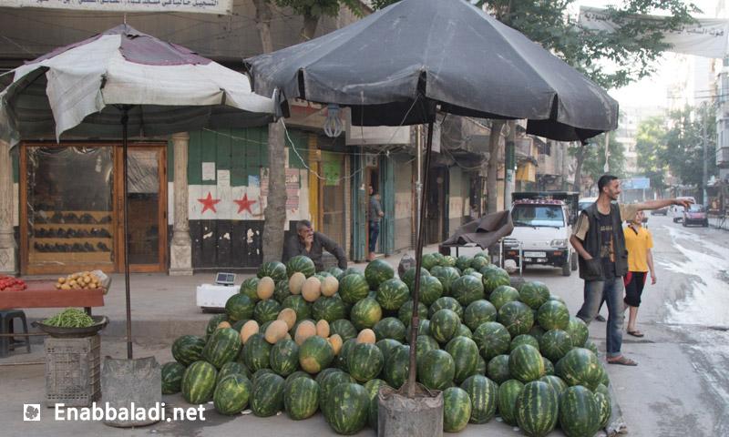 بائع بطيخ في مدينة حلب (عنب بلدي)