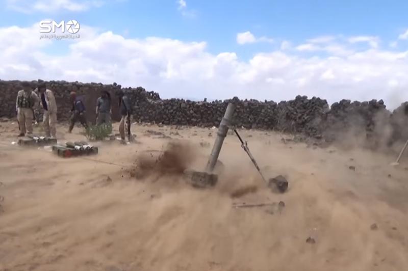 """استهداف مواقع تتظيم """"الدولة الإسلامية"""" في اللجاة، 29 أيار (الهيئة السورية للإعلام)."""