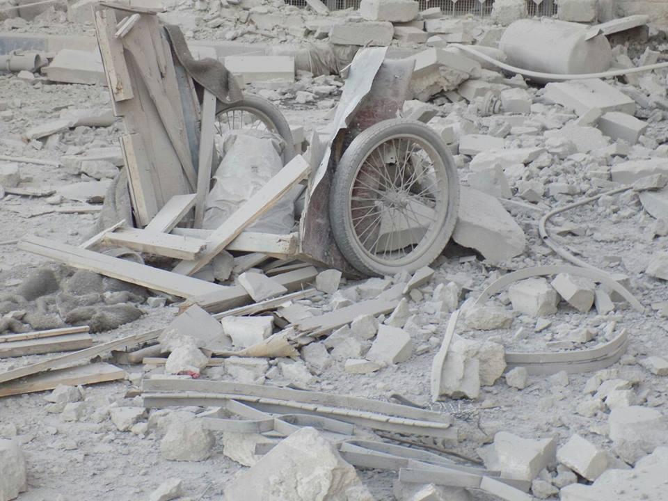 آثار القصف على مبنى الطبابة في حلب - الأربعاء 21 تموز (الطبابة الشرعية)