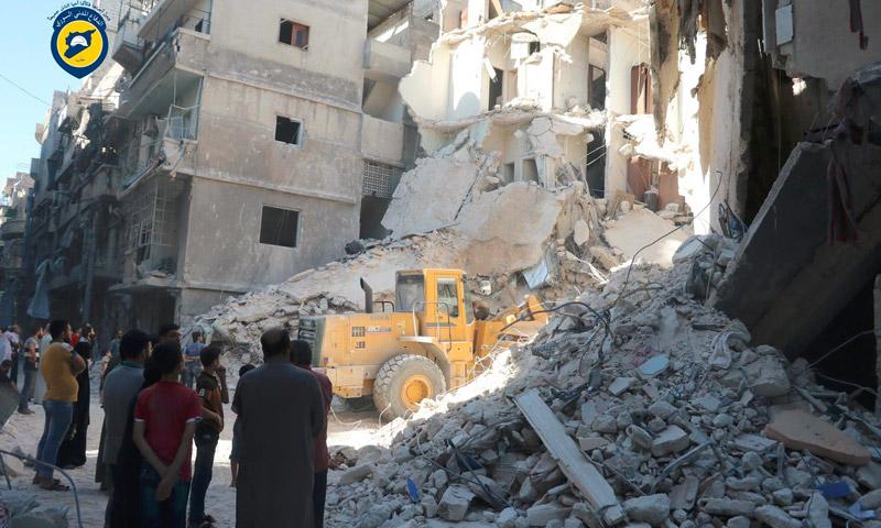 آثار القصف على حي المشهد في حلب - 25 تموز (الدفاع المدني في حلب)