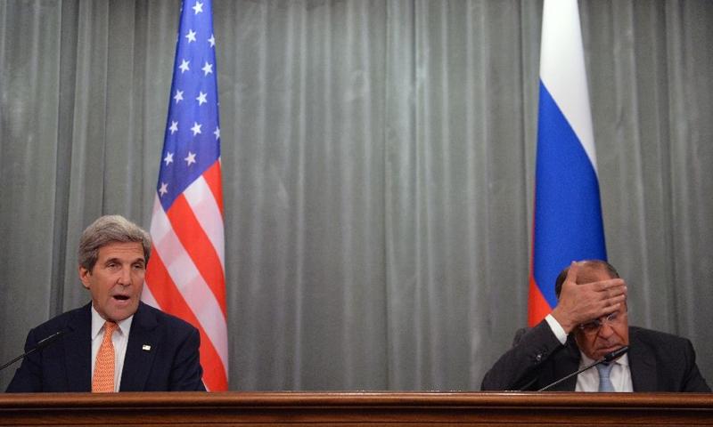 كيري ولافروف في موسكو - 15 تموز 2016 (AFP)