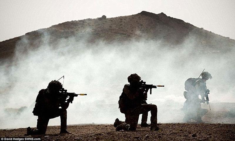تعبيرية: عناصر من الجيش البريطاني في مركز التدريب بالأردن- 2016 (ديلي ميل)