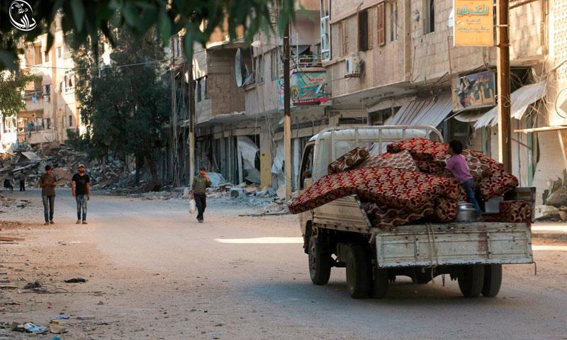 نزوح أهالي المنطقة الزراعية في داريا إلى الأبنية السكنية - الثلاثاء تموز (المجلس المحلي لمدينة داريا)