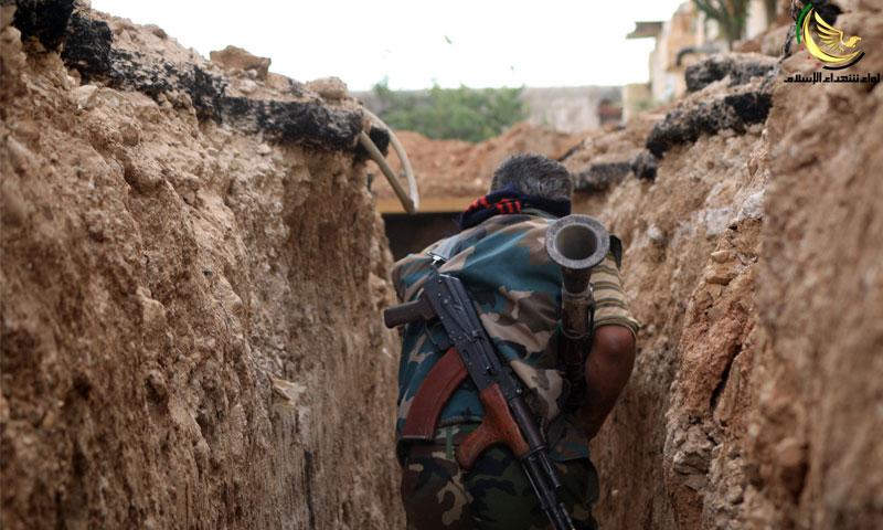 """مقاتل من """"الجيش الحر"""" في داريا - الخميس 14 تموز (لواء شهداء الإسلام)"""