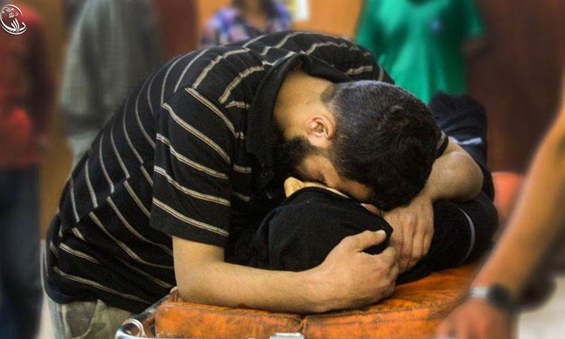 تشييع أحد ضحايا استهداف مدينة داريا من قبل قوات الأسد- الجمعة 15 تموز (المجلس المحلي في داريا)