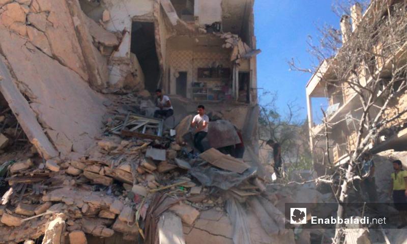 آثار الدمار نتيجة القصف في حي صلاح الدين 2 تموز (عنب بلدي)