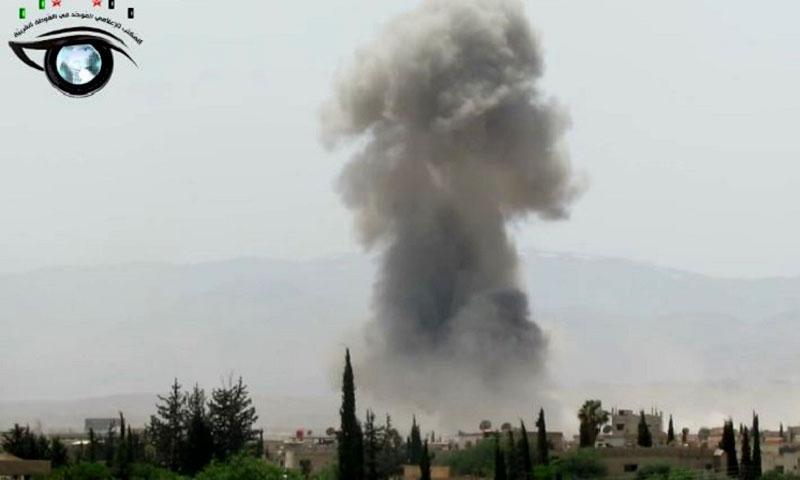 آثار القصف على خان الشيخ غرب دمشق - (أرشيفية إنترنت)