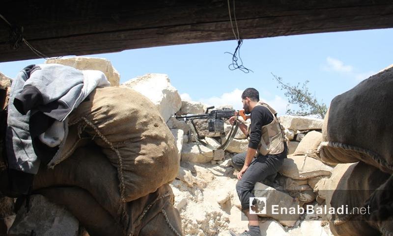 مقاتلون على جبهة الساحل - الخميس 30 حزيران (أرشيف عنب بلدي)