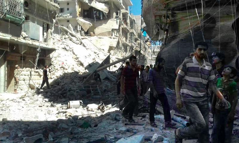 آثار القصف على حي المشهد بحلب - الاثنين 25 تموز (فيس بوك)