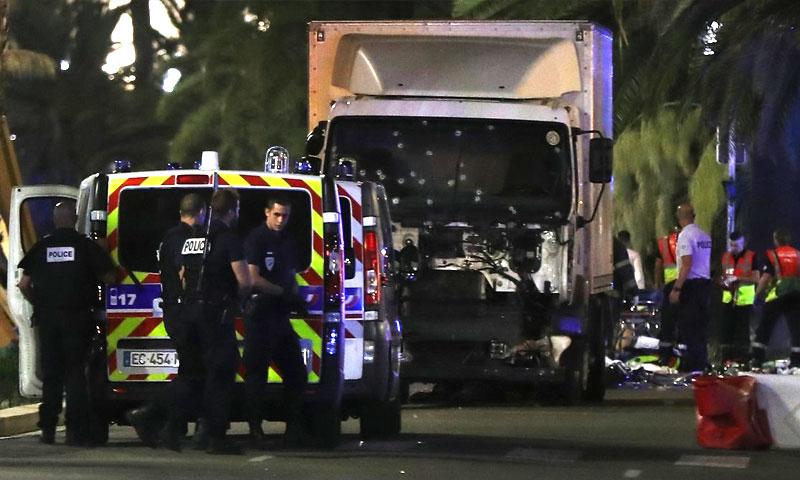 مدينة نيس الفرنسية عقب الاعتداء - الخميس 14 تموز (إنترنت)