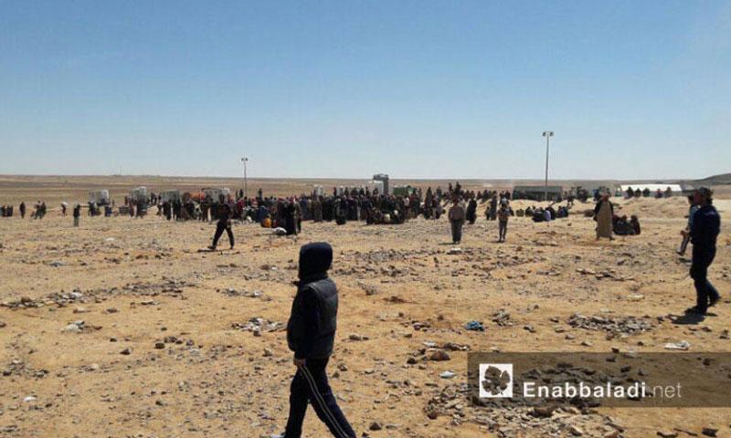 مخيم الركبان للنازحين السوريين على الحدود السورية – الأردنية- الجمعة 8 تموز (عنب بلدي)