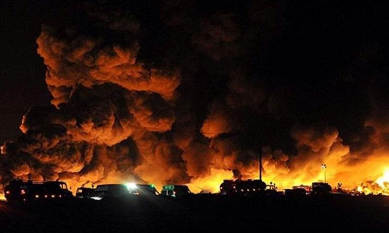 """اندلاع النيران في محطة """"بوعلي سينا"""" في مدينة معشور الإيرانية- الثلاثاء 5 تموز (يوتيوب)"""