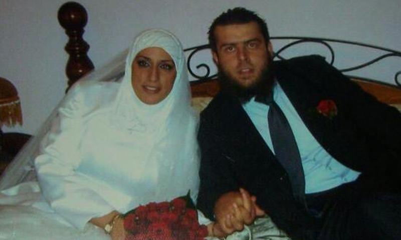 بسام رعد إلى جانب زوجته زينب طالب (فيسبوك)