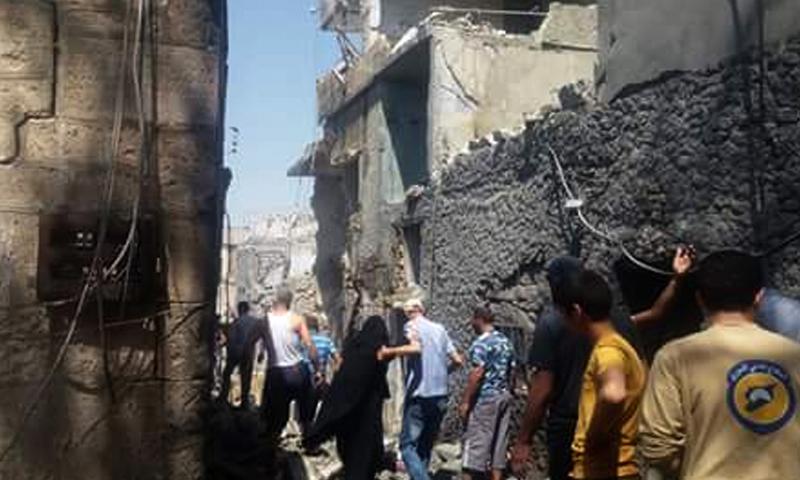 آثار القصف في بلدة دركوش شمال إدلب (فيس بوك)