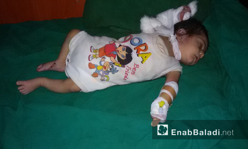 إصابة طفل رضيع ومقتل والدته في مدينة داريا جراء البراميل المتفجرة- الجمعة 22 تموز (عنب بلدي)