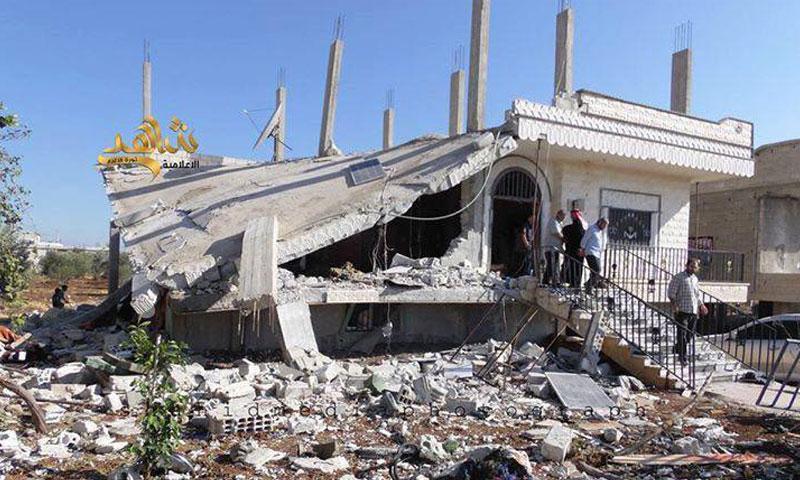 """مقر اجتماع """"الجيش الحر"""" في إنخل عقب تفجيره- الأحد 3 تموز (فيس بوك)"""