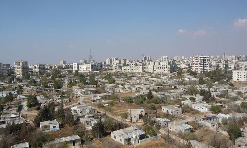 قرية الرقة الشيعية بين الجزيرة السابعة وحي الوعر بعد سيطرة المعارضة عليها - أواخر 2013 (أرشيف عنب بلدي