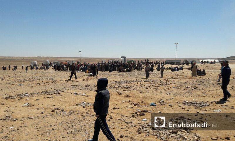 مخيم الركبان للنازحين السوريين على الحدود السورية - الأردنية- الجمعة 8 تموز (عنب بلدي)
