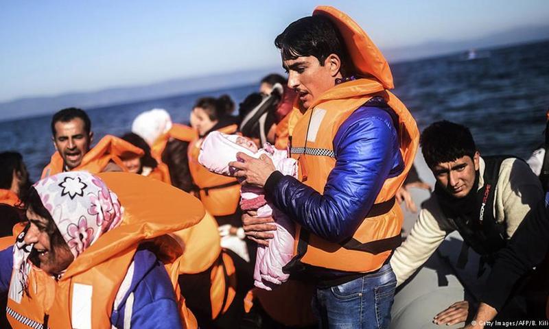 تعبيرية: لاجئون قرب الجزر اليونانية (إنترنت)